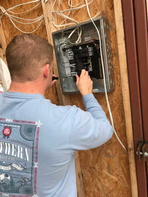 Mississippi State students in BCS 3212 Electrical Systems wired a tiny house built by first-year students